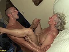76 years old granny harsh smashed HD eppy moms xxx