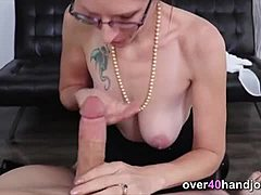 Oral-sex and hand serve by overwhelming mama mom sex
